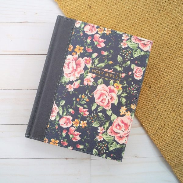 Introducing the new NKJV journaling Bible featuring a beautiful floral cloth cover and a new easy-to-read design.